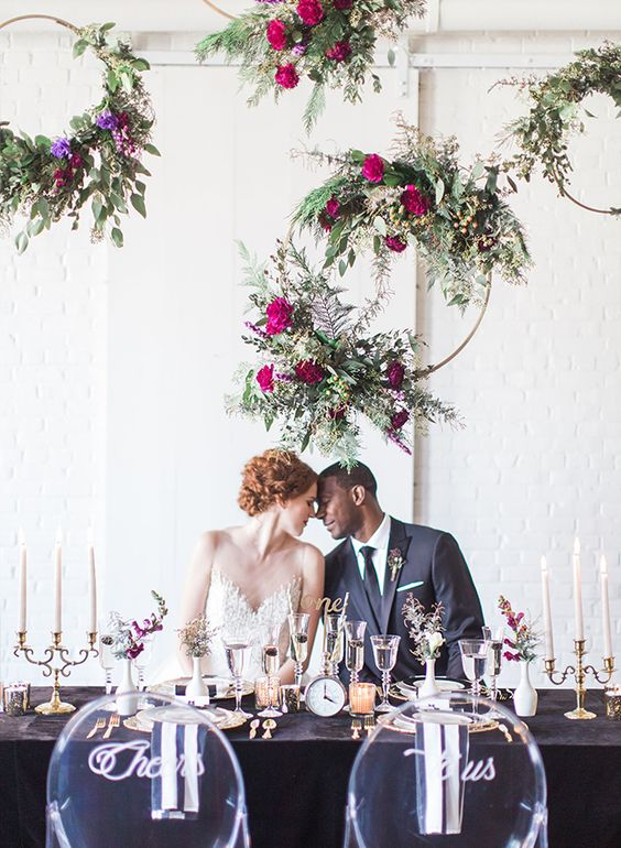 wedding trends for 2020 floral hoops